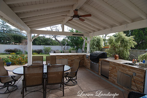 OUTDOOR BBQs U2013 COVERED PATIOS FOR ALL TYPES OF WEATHER | Larsen Landscape